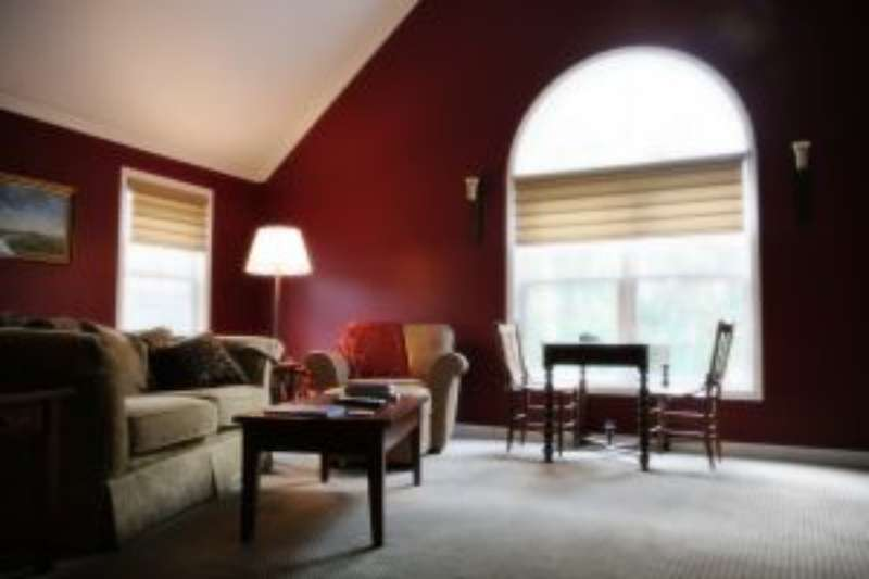 Residential Painting Services in Wakefield, RI: Dennis Moffitt Paint Types & Finishes